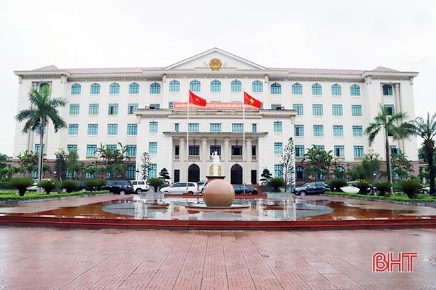 Từ 1/1/2019, Hà Tĩnh cùng 9 tỉnh/thành thí điểm hợp nhất 3 văn phòng