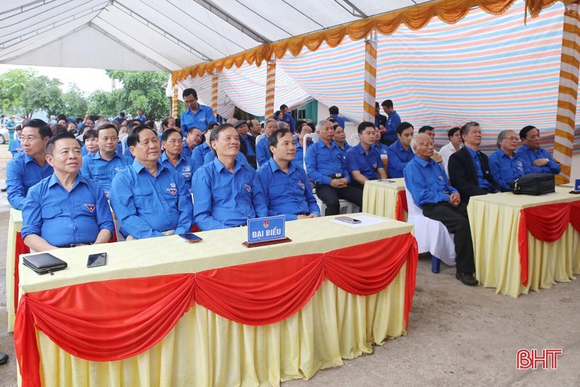 Đầm ấm buổi gặp mặt cán bộ Đoàn truyền thống Nghệ Tĩnh