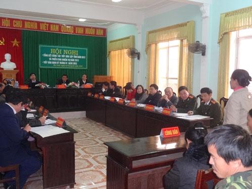 UBND tỉnh Hà Tĩnh tiếp công dân định kỳ tháng 3 năm 2013.