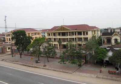 UBND huyện Cẩm Xuyên ban hành Quyết định xử lý kết qủa thanh tra tại xã Cẩm Sơn.
