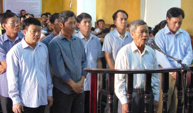 Sai phạm trong đền bù, nguyên phó chủ tịch huyện lãnh án